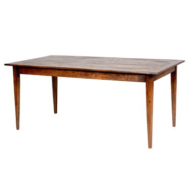 Farmhouse Table with rounded taper leg