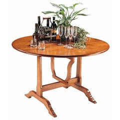 Round wine tasting dining table