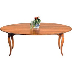 Oval French cabriole leg table