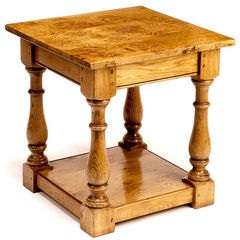 Pippy Oak square lamp table