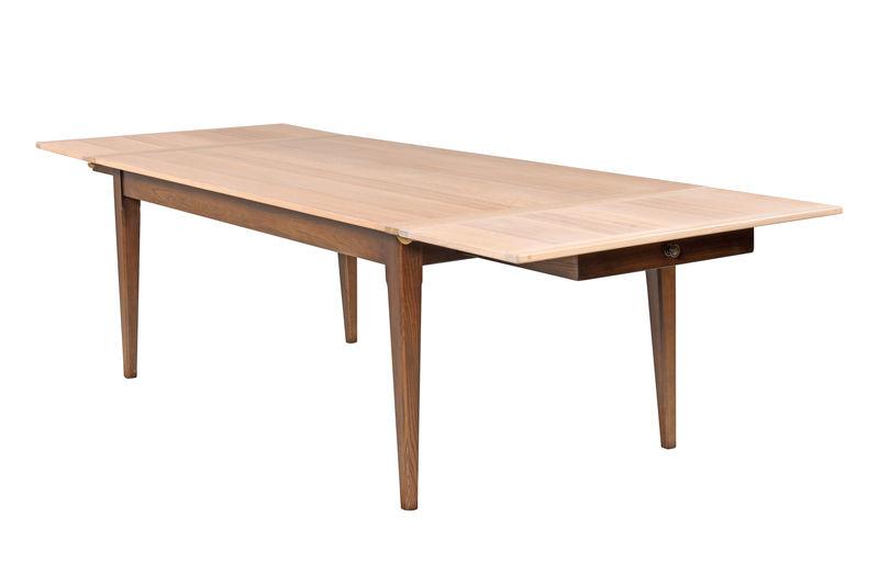 Eton Dining Table (extending)